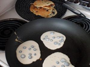 pancakes a-cookin