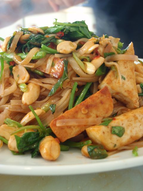 Vegan Pad Thai | Adventures of a Vegan Foodie